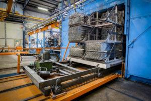 forno invecchiamento produzione profili in alluminio su disegno alluminio sammarinese