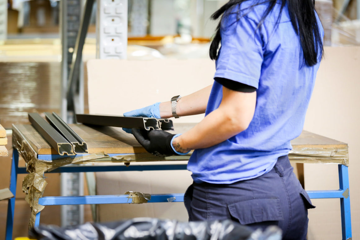 imballi personalizzati produzione profili in alluminio su disegno alluminio sammarinese