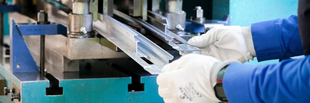 impianti lavorazioni meccaniche alluminio sammarinese produzione profili